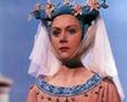 "Renee Asherton in ""Henry V"""